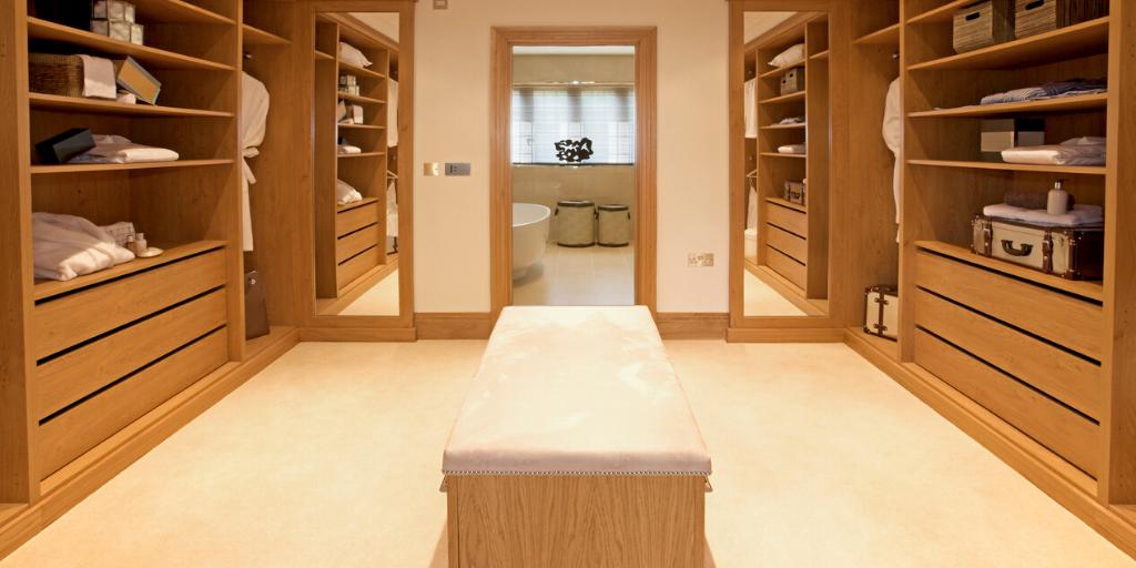 Oak Dressing Room 1 1