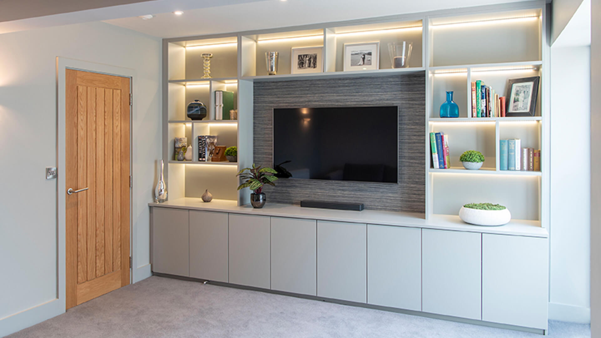 Fitted Lounge Furniture Unit