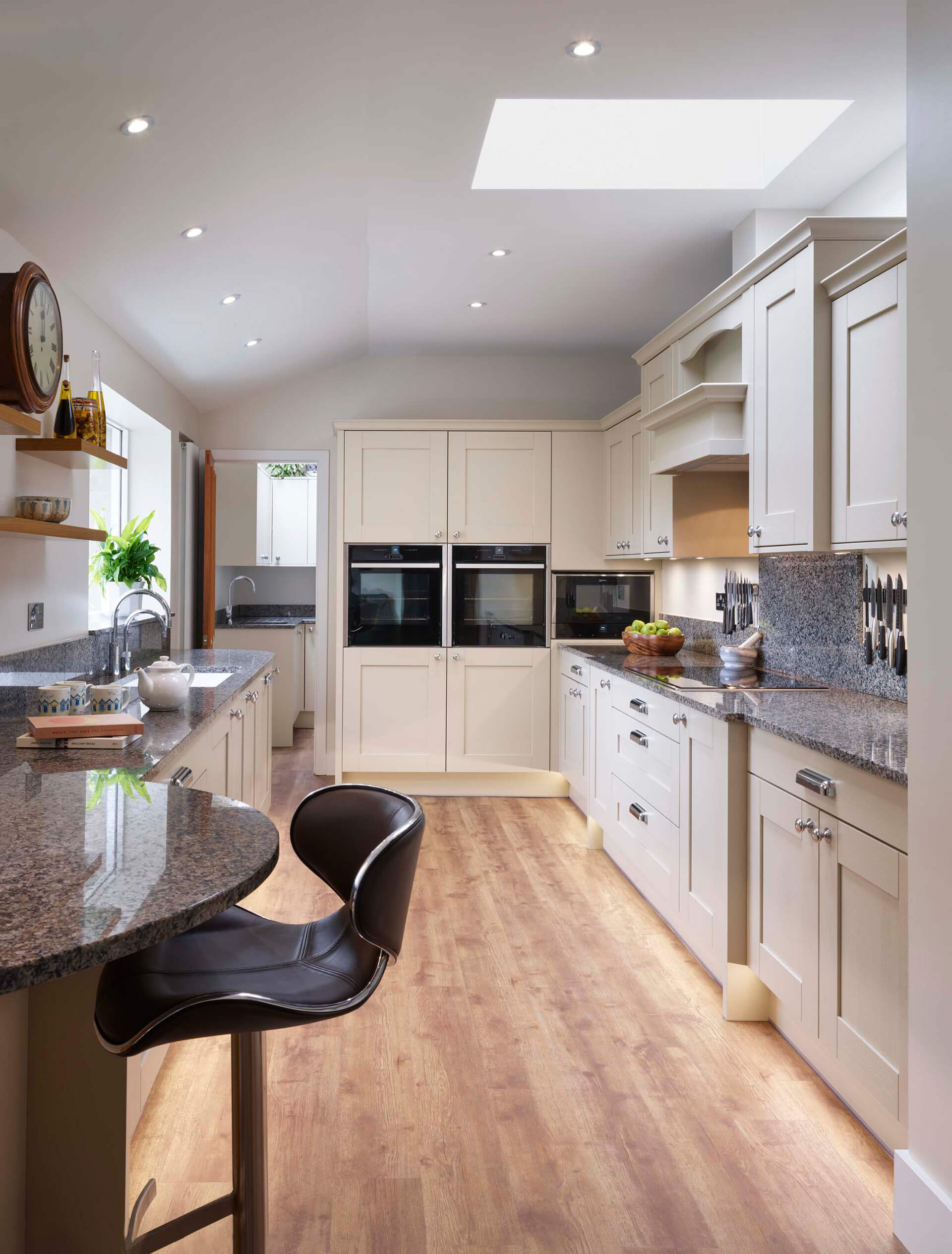 Linley Kitchen 16