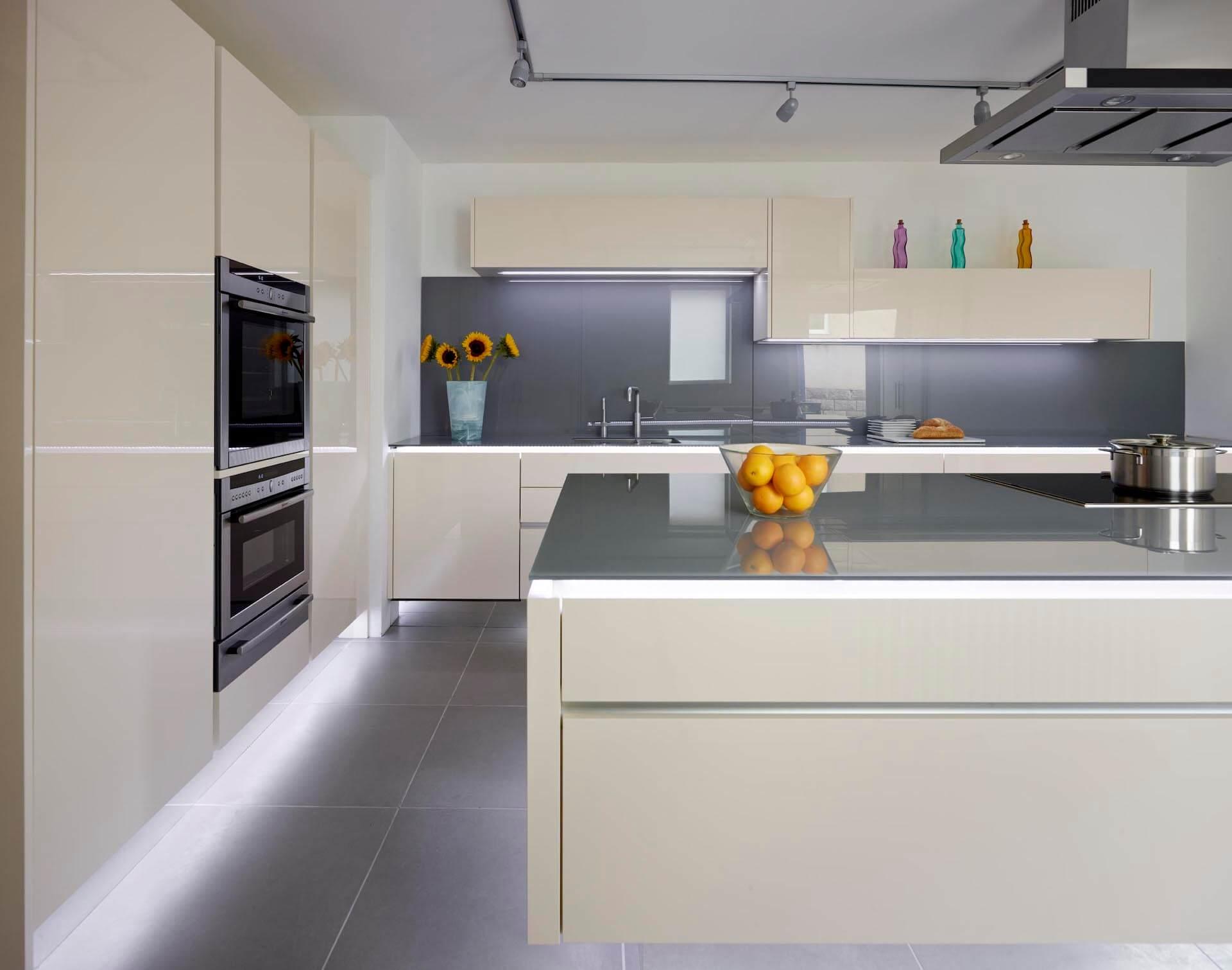 Vienna Kitchens 4