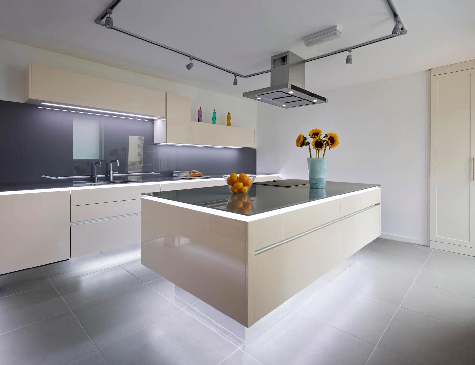Vienna Kitchens 5